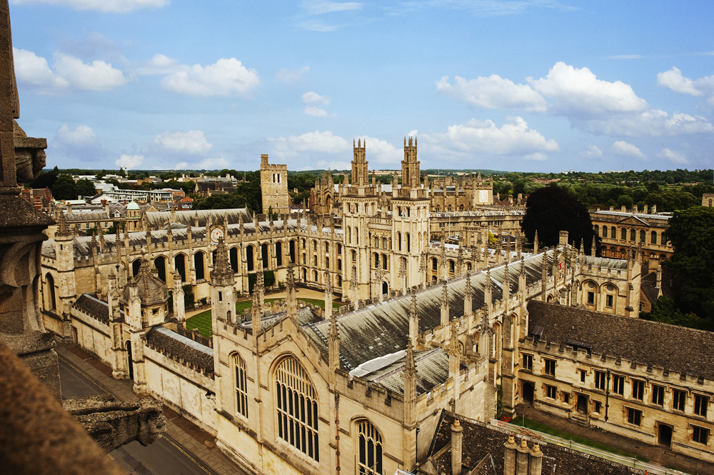 Летние школы по политологии в ведущих зарубежных университетах